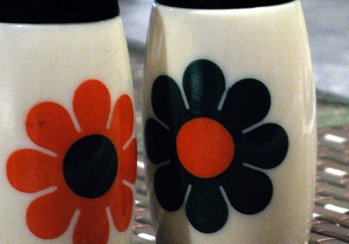 Vintage Milk Glass Salt and Pepper Shakers with Flower Energy 70s Silkscreen